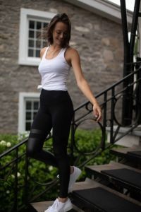 Thigh high effect leggings